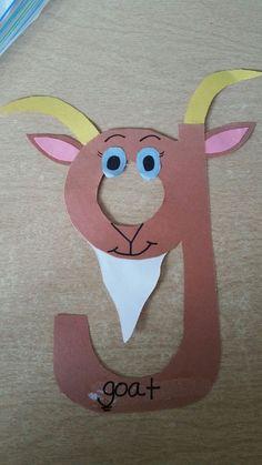 Letter G Crafts For Preschoolers Preschool Letter Crafts, Alphabet Letter Crafts, Abc Crafts, Daycare Crafts, Toddler Crafts, Preschool Crafts, Letter Art, Letter G Activities, Preschool Learning Activities