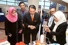 High-tech apparatus: HKL director Datuk Dr Zaininah Mohd Zain (left) and Dr Noor Hisham (centre) checking out medical equipment at an exhibition booth during the seminar. KUALA LUMPUR: Soy sauce, t. Exhibition Booth, Medical Equipment, Kuala Lumpur, Soy Sauce, Centre, Desktop, Tech, Technology, Bean Dip