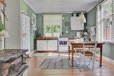Skenala Skenalabacken 2, Flen - Fastighetsförmedlingen för dig som ska byta bostad