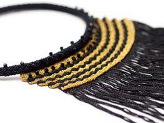 Necklace-Swarovski Crystals Tassel Handmade por PinaraDesign