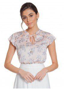 37ca14ec08 Compre Blusa Floral Delicada Rosê Principessa Alaiane na Principessa  Camisaria. Desenvolvida com detalhes harmônicos e
