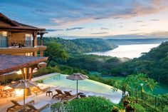 villa Vista Hermosa in ‎Guanacaste, Costa Rica The Places Youll Go, Places To Go, Houses In Costa Rica, Beautiful Homes, Beautiful Places, Amazing Places, Romantic Places, House Beautiful, Amazing Things