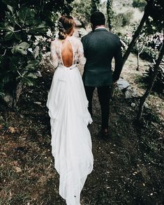110 lace boho wedding dresses to inspire you page 30 Wedding Party Hair, Wedding Party Dresses, Wedding Bride, Wedding Shit, Wedding Table, Wedding Ceremony, Bridesmaid Dresses, Country Wedding Dresses, Boho Wedding Dress