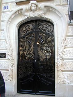 Paris, France: 14 Place Adolphe Cherioux: door (art nouveau, 1902, architect Henri Ragache)