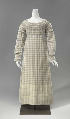 A dress for Elizabeth, heroine of How to Marry a Marquis by Julia Quinn. She doesn't have enough money for fancy dresses--I think she would like this one because it is serviceable but still pretty and flattering.  Circa 1811-1815