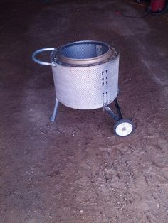 Fire pit that i made out of a front load wash machine tube Fire Pit Drum, Fire Pits, Outdoor Fire, Outdoor Living, Outdoor Decor, Camping Bbq, Welding Table, Rocket Stoves, Fireplace Ideas