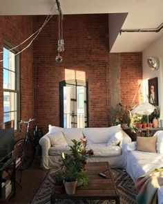 I love the exposed brick – Loft İdeas 2020 Hipster Living Rooms, Living Spaces, Dog Spaces, Small Spaces, Home Design, Interior Design, Studio Design, Design Art, Interior Minimalista