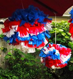 DIY Waterproof 4th of July Pom-Poms for Outdoor Events