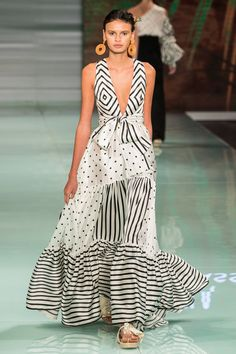 Designer Silvia Tcherassi's opened Miami Fashion Week with her 2017 Resort collection on June She is a force in the fashion industry and brings much experience to the runway with her amazing creations. Miami Fashion, Fashion 2017, Boho Fashion, Fashion Design, Long Summer Dresses, Vogue, Budget Fashion, Love Clothing, Trending Outfits