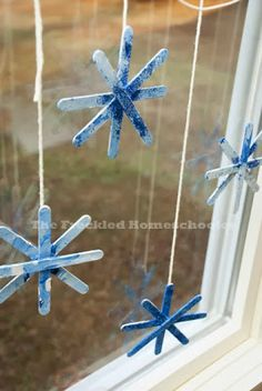 Christmas Crafts with popsicle sticks Ideas For Holiday Crafts For Toddlers Christmas Popsicle Sticks Daycare Crafts, Craft Stick Crafts, Holiday Crafts, Craft Ideas, Decor Ideas, Diy Crafts, Craft Sticks, Easter Crafts, Holiday Ideas