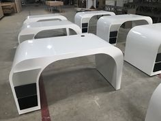 Good office desk will elevate your workspace. we have different style and designs for choosing. Cool Office Desk, Office Table, Office Decor, Retail Interior Design, Small Cabinet, Corian, Modern Furniture, Desks, Eyewear Shop