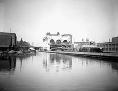 Rideau Canal, circa The western Canal Basin is on the left. Union Station and the Château Laurier are under construction. Department of Mines and Technical Surveys, Library and Archives Canada, Ottawa Valley, Discover Canada, Angeles, New York, Union Station, Photo Archive, Ontario, Taj Mahal, Construction