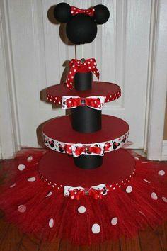 Minnie cupcake holder