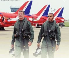 Top Gun (David Coulthard and Lewis Hamilton with the Royal Air Force)