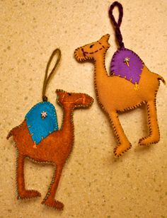 Camel duo ornaments bag tags gift tags favors wine by JestersRealm, $12.00