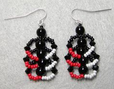 Flat spiral earrings to match bracelet or necklace. #seed #bead #tutorial