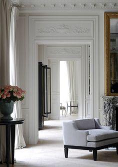 Balmain, Paris - design by Joseph Dirand                                                                                                                                                                                 More