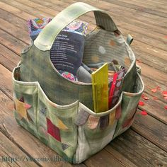 Sewing - Bag - Knitting / Crochet Hobby Sewing wow sewing bag by Quiltycat ❥T . Sewing – Bag – Knitting / Crochet Hobby Sewing wow sewing bag by Quiltycat ❥Teresa Restegui w Sewing Tutorials, Sewing Crafts, Sewing Projects, Sewing Patterns, Dress Patterns, Knitting Patterns, Diy Crafts, Patchwork Bags, Quilted Bag