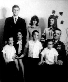 RARE PHOTO: Priscilla with her family