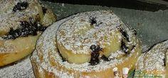 Girelle Bimby con crema pasticciera e gocce di cioccolato, merendine fatte in casa tra le più golose! Ingredienti per l'impasto: 500 gr di farina 00, 60 gr di margarina