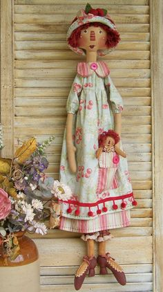 Florence pattern by Annie Smith/ pretty old fashioned doll Raggedy Ann, Doll Clothes Patterns, Doll Patterns, Fabric Dolls, Rag Dolls, Soft Dolls, Diy Doll, Cute Dolls, Beautiful Dolls