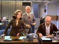 The Mary Tyler Moore Show - What's Mary Richards Really Like? Mary Tyler Moore Show, Classic Tv, Style Icons, Nostalgia, Tv Shows, Interview, Mary Mary, Menswear, Actresses