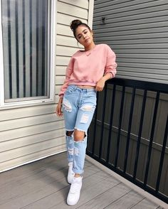 Look at our very easy, cozy & basically lovely Casual Fall Outfit inspirations. Get encouraged with one of these weekend-readycasual looks by pinning your most favorite looks. Casual Fall Outfits, Outfits For Teens, Trendy Outfits, Summer Outfits, Fresh Outfits, Pink Outfits, Look Fashion, Teen Fashion, Fashion Outfits