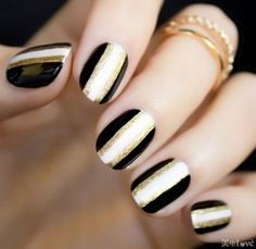Black and white stripes with gold sequins stripes,make a kind of elegant & noble feeling.beautiful