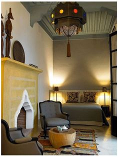 Dutch designer Yvonne Hulst and Spanish designer Alberto Cortes, The Ryad Dyor is a Marrakech retreat. via Elle Decor