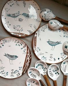 Pottery Painting Designs, Pottery Designs, Ceramic Artists, Ceramic Painting, Ceramic Plates, Ceramic Pottery, Keramik Design, Hand Painted Ceramics, Handmade Pottery