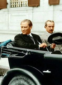 Mustafa Kemal ATATÜRK and Inonu (second President of the Republic). Ottoman Turks, Turkish Army, The Legend Of Heroes, Great Leaders, World Peace, World Leaders, The Republic, Presidents, Warriors