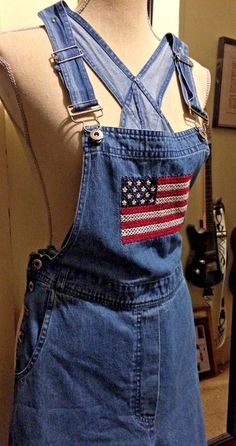 VINTAGE EMBROIDERED DENIM OVERALLS, AMERICAN FLAG DETAIL, MISSES SIZE SMALL…