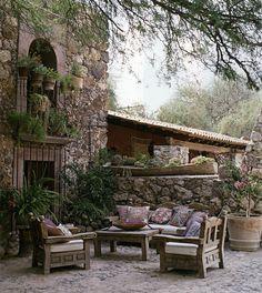 Hacienda Los Muros, a favorite of mine....