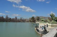 Monumento Alfonso XII. Detalles. El Retiro.