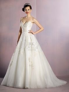 Alfred Angelo Disney Fairy Tale Weddings Spring 2016- Style 256 Snow White