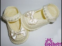 How to Crochet Baby Shoes ((free style)) - YouTube - Lessons by Pictures and classical music.