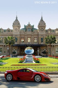 Monaco /Monte Carlo the Casino for high rollers. Monte Carlo Monaco, Monte Carlo Casino, Montenegro, Luxury Cars, Luxury Homes, Luxury Estate, Beautiful Homes, Beautiful Places, Villefranche Sur Mer