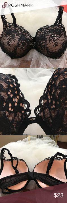 Victoria Secret Push-up Bra Lace Black & pink 36D Victoria Secret Push-up Bra Lace Black & Pink 36D used Victoria's Secret Intimates & Sleepwear Bras