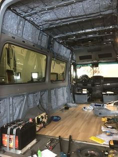 Some good tips for building out a Sprinter Auto Camping, Camping Car Sprinter, Sprinter Camper, Mercedes Sprinter, Mercedes Bus, Camping Tips, Kombi Motorhome, Rv Campers, Pickup Camper