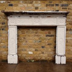 Carved oak 1920s fire surround for sale on SalvoWEB from V&V Reclamation in Hertfordshire [Salvo code #salvo