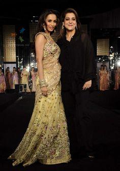 Indian Ethnic Exclusive Traditional Designer Women Party Wear Beige Saree/Sari #Ethnicpark #BollywoodSarees