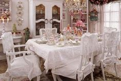 Shabbyfufu: Romantic Christmas Vignettes & Romantic Country Magazine News
