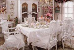 Shabbyfufu: Romantic Christmas Vignettes & Romantic Country Magazine News