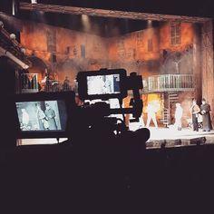"""""""Behind the screens""""  Heute gab es eine spannende Foto & Medienprobe bei Don Camillo & Peppone im #Ronacher. #wearemusical"""