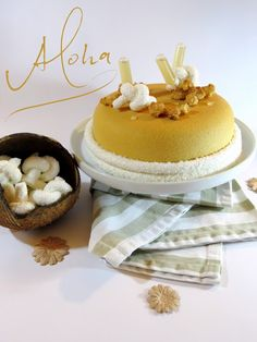 Those Fabulous, Decadent French Pastries - Useful Articles Choux Pastry, French Pastries, Eclairs, Vanilla Cake, Tart, Cake Recipes, Good Food, Strawberry, Food And Drink