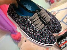 2aca2d171e Zapatillas Vans, Botas Zapatos, Zapatillas Mujer, Manicura, Vans Estampado