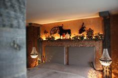 Zimmer Spanien im hotel Träumerei #8  =====  #Spanien #traeumerei #traeumerei8 #hotel #kufstein #austria #tirol #auracherlöchl #romantikhotel #hoteldesign #hotelroom #room #mailand #hoteldecor #uniquedecor #uniquedesign #butiquehotel #riverhotel #besthotel #beautifulhotel Beautiful, Design, Home Decor, Old Town, Sevilla Spain, Remodels, Decoration Home, Room Decor