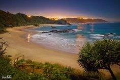 Nobbys Beach,Port Macquarie,New South Wales by Kevin Fallon Photography.Australia.com