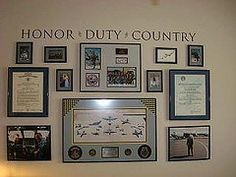 Military Honor Wall - This looks classy. Show to Hubby for his man room Military Home Decor, Army Decor, Military Bedroom, Army Bedroom, Gypsy Bedroom, Military Retirement, Military Life, Man Cave Ideas Military, Military Chic