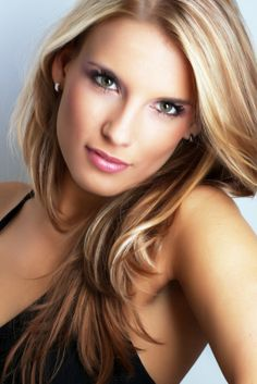 caramel with blonde highlights - Want to save 50% - 90% on women's fashion? Visit http://www.ilovesavingcash.com